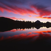 Oxbow Bend on the Snake River during sunset. Grand Teton National Park, Wyoming