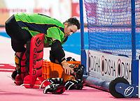 BHUBANESWAR -  Line up Spain. Hockey World League finals , Quarter Finals . Australia v Spanje .  keeper Tyler Lovell (Aus).  COPYRIGHT KOEN SUYK