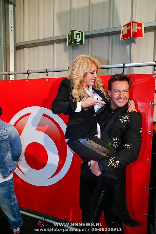 NLD/Utrecht/20121218 - Perspresentatie Sterren Dansen op het IJs 2013, Gerard Joling en Patricia Paay