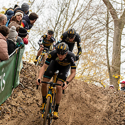 2018-11-24: Cycling: CX Worldcup: Koksijde: Telenet Baloise Lions in action