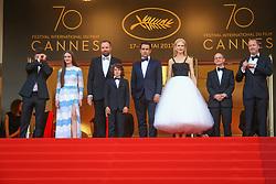May 23, 2017 - Cannes, Provence-Alpes-Cote-D-Azur, France - Barry Keoghan, Raffey Cassidy, Yorgos Lanthimos, Sunny Suljic, Colin Farrell, Nicole Kidman, Ed Guiney et Andrew Lowe sur le tapis rouge pour la projection du film MISE A MORT DU CERF SACRE lors du soixante-dixième (70ème) Festival du Film à Cannes, Palais des Festivals et des Congres, Cannes, Sud de la France, lundi 22 mai 2017. Philippe FARJON / VISUAL Press Agency (Credit Image: © Visual via ZUMA Press)