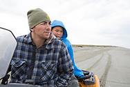36-årige David Jungers och 11-årige Noah Nayokpuk på stranden i Shishmaref.<br /> <br /> Shishmaref, Alaska, USA<br /> <br /> Fotograf: Christina Sjögren<br /> <br /> Photographer: Christina Sjogren<br /> Copyright 2018, All Rights Reserved