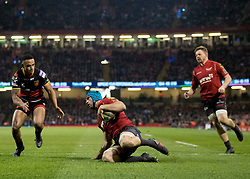 Scarlets' Tadhg Beirne scores his sides third try<br /> <br /> Photographer Simon King/Replay Images<br /> <br /> Guinness PRO14 Round 21 - Dragons v Scarlets - Saturday 28th April 2018 - Principality Stadium - Cardiff<br /> <br /> World Copyright © Replay Images . All rights reserved. info@replayimages.co.uk - http://replayimages.co.uk