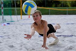 16-08-2012 ALGEMEEN: ZOMERKAMP BVDGF: LANDGRAAF<br /> Zomerkamp van BvdGF met mountainbike, klimmen, snowboarden, skien, voetbal en volleybalevents<br /> ©2012-FotoHoogendoorn.nl