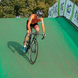 04-11-2018: Wielrennen: EK veldrijden: Rosmalen<br />Yara Kasteleijn