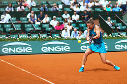 May 30, 2018 - Paris, U.S. - PARIS, FRANCE - MAY 30: SIMONA HALEP (ROU) during day four match of the 2018 French Open 2018 on May 30, 2018, at Stade Roland-Garros in Paris, France. (Photo by Chaz Niell/Icon Sportswire) (Credit Image: © Chaz Niell/Icon SMI via ZUMA Press)