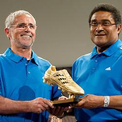 20100701: World Cup South Africa 2010, Eusebio and Gerd Mueller with an adidas Golden boot
