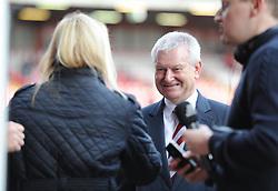 Bristol city chairman Steve Lansdown talks to the press on the pitch prior to kick off. - Photo mandatory by-line: Alex James/JMP - Mobile: 07966 386802 - 25/01/2015 - SPORT - Football - Bristol - Ashton Gate - Bristol City v West Ham United - FA Cup Fourth Round