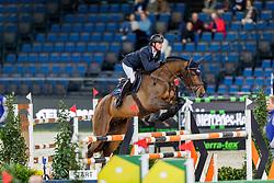 MAHER Ben (GBR), F One Usa<br /> Stuttgart - German Masters 2019<br /> Preis der Bardusch GmbH & Co.KG Textil-Mietdienste<br /> 2-Phasenspringen<br /> Int. Springprüfung CSI 5*-W<br /> 14. November 2019<br /> © www.sportfotos-lafrentz.de/Stefan Lafrentz