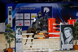 JUNG Jamila Malin (GER), Coulyn <br /> Braunschweig - Löwenclassics 2018<br /> HGW-Bundesnachwuchschampionat Stilspringen Klasse M<br /> © www.sportfotos-lafrentz.de/Stefan Lafrentz