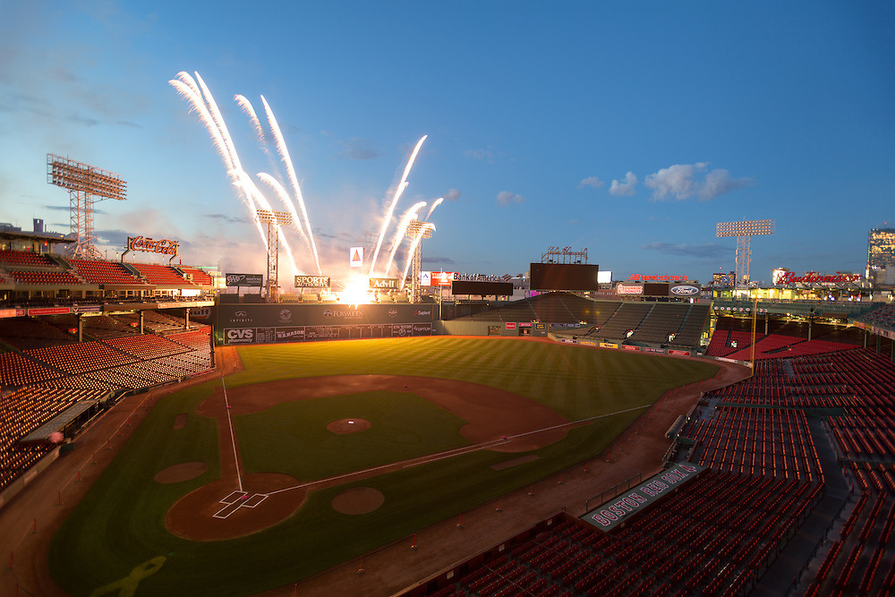Boston, MA 08/28/2015<br /> Fireworks erupt from the top of the Green Monster at Fenway Park to honor the life of Dr. Carolyn Kaelin, renowned cancer surgeon, advocate, and patient, on Friday evening.<br /> Alex Jones / www.alexjonesphoto.com