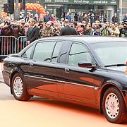 NLD/Amsterdam /20130413 - Heropening Rijksmuseum 2013 door Koningin Beatrix, auto van koningin Beatrix