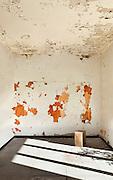 abandoned house, grunge wall