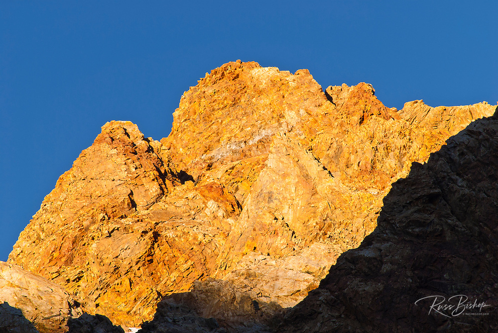 Evening light on the Sierra crest, Inyo National Forest, Sierra Nevada Mountains, California