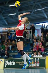 08-02-2015 GER: USC Muenster - Allianz MTV Stuttgart, Munster<br /> Aufschlag / Service Kim Renkema (#5 Stuttgart)<br /> <br /> ***NETHERLANDS ONLY***