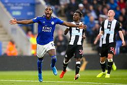 Ricardo Pereira of Leicester City celebrates scoring a goal to make it 1-0 - Mandatory by-line: Robbie Stephenson/JMP - 29/09/2019 - FOOTBALL - King Power Stadium - Leicester, England - Leicester City v Newcastle United - Premier League