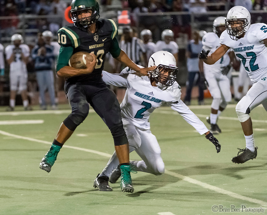 Monterey Trail Mustangs Robert Holt (10), runs for a touchdown making the score 14-14 after the point after attempt was good during the second quarter as the Monterey Trail Mustangs host the Sheldon High School Huskies Friday Sep 23, 2016.<br /> photo by Brian Baer