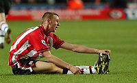 Fotball<br /> Premier League England 2004/2005<br /> Foto: SBI/Digitalsport<br /> NORWAY ONLY<br /> <br /> 05.01.2005<br /> Southampton v Fulham<br /> <br /> Southampton's Calum Davenport feels the strain on his debut