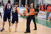 DESCRIZIONE : Siena Lega serie A 2013/14 Montepaschi Siena Acea Virtus Roma<br /> GIOCATORE : Arbitro<br /> CATEGORIA : Arbitro Pregame<br /> SQUADRA : Arbitro<br /> EVENTO : Campionato Lega Serie A 2013-2014<br /> GARA : Montepaschi Siena Acea Virtus Roma<br /> DATA : 15/12/2013<br /> SPORT : Pallacanestro<br /> AUTORE : Agenzia Ciamillo-Castoria/GiulioCiamillo<br /> Galleria : Lega Seria A 2013-2014<br /> Fotonotizia : Siena Lega serie A 2013/14 Montepaschi Siena Acea Virtus Roma<br /> Predefinita :