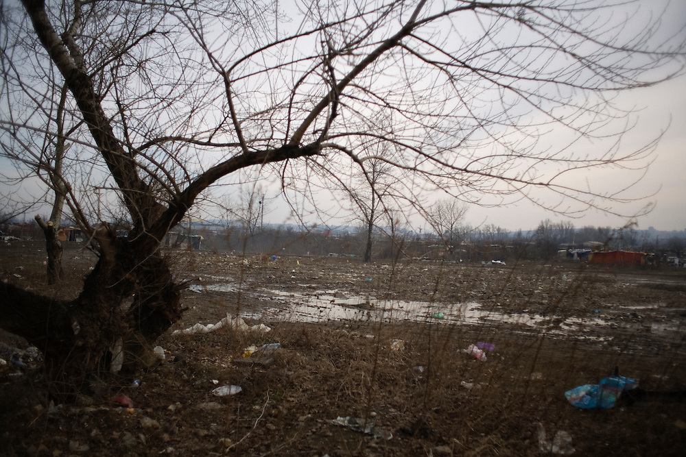 Empty area in the Belville Roma settlement in New Belgrade.