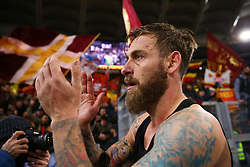 November 18, 2017 - Rome, Italy - Daniele De Rossi of Roma greeting the supporters at the end of the match during the Italian Serie A football match AS Roma vs Lazio on November 18, 2017 at the Olympic stadium in Rome. (Credit Image: © Matteo Ciambelli/NurPhoto via ZUMA Press)