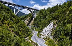 10.07.2019, Radstadt, AUT, Ö-Tour, Österreich Radrundfahrt, 4. Etappe, von Radstadt nach Fuscher Törl (103,5 km), im Bild Peloton vor bischofshofen // Peloton vor bischofshofen during 4th stage from Radstadt to Fuscher Törl (103,5 km) of the 2019 Tour of Austria. Radstadt, Austria on 2019/07/10. EXPA Pictures © 2019, PhotoCredit: EXPA/ JFK