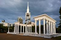 Georgie, Batumi, Batumi Boulevard  et la Batumi tower // Georgia, Batumi, Batumi Boulevard and Batumi Tower