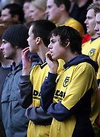 Photo: Rich Eaton.<br /> <br /> Oxford United v Leyton Orient. Coca Cola League 2. 06/05/2006.<br /> <br /> Nailbiting times for Oxford fans as they watch their team face relegation