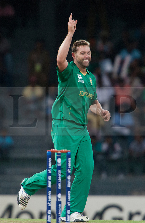© Licensed to London News Pictures. 28/09/2012. Jacques Kallis celebrates after getting the wicket of Shoaib Malik during the T20 Cricket World cup match between South Africa Vs Pakistan at the R.Premadasa Cricket Stadium,Colombo. Photo credit : Asanka Brendon Ratnayake/LNP