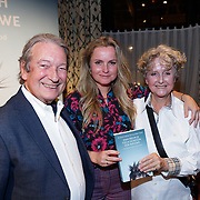 NLD/Amsterdam/20181023 - Boekpresentatie Antoinette Scheulderman, Fatima Moreira de Melo met haar ouders