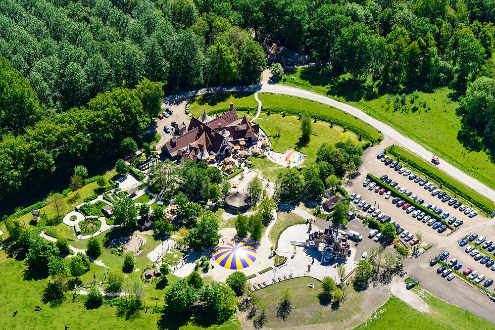 Nederland, Flevoland, Zeewolde, 07-05-2018; Hans & Grietje, pannenkoekenhuis en speeltuin / speelpark.<br /> Hans & Gretel, pancake house and playground / play park.<br /> <br /> luchtfoto (toeslag op standard tarieven);<br /> aerial photo (additional fee required);<br /> copyright foto/photo Siebe Swart