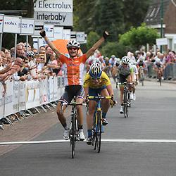 Marianne Vos wint de 5e etappe in Gerwen van de Holland Ladies Tour