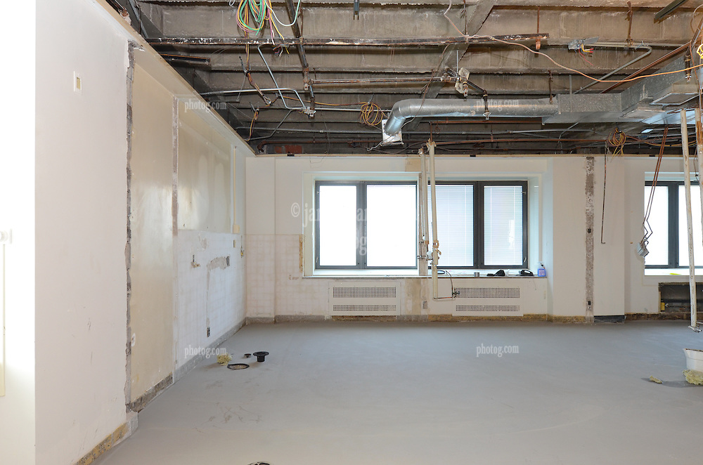 VA Medical Center West Haven ICU Step Down Expansion.VA Project No. 689-375   PAI Project No. 33656.00.Photographer: James R Anderson.Date of Photograph: 12 July 2012  Time: 2:31 PM   Image No.: 05.