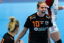 Danick Snelder of Netherlands celebrate during the Women's EHF Euro 2020 match between Netherlands and Hungry at Sydbank Arena on december 08, 2020 in Kolding, Denmark (Photo by RHF Agency/Ronald Hoogendoorn)