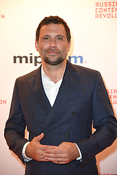 Jeremy Sisto poses as arriving for the opening ceremony of the MIPCOM in Cannes - Marche international des contenus audiovisuels du 16-19 Octobre 2017, Palais des Festivals, Cannes, France.<br />Exhibition MIPCOM (International Market of Communications Programmes) at Palais des Festivals et des Congres, Cannes (Photo by Lionel Urman/Sipa USA)