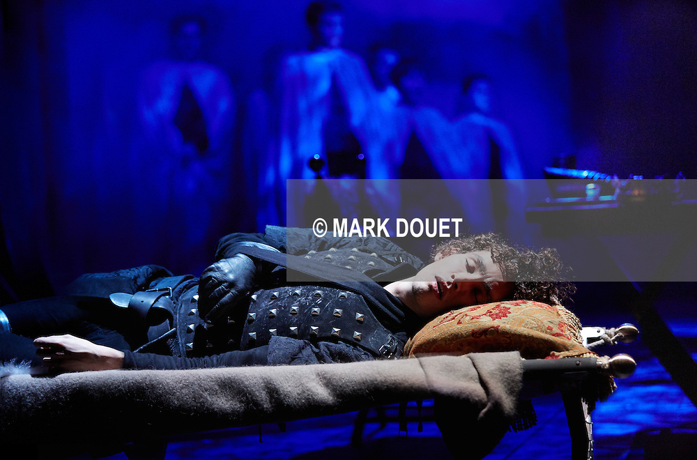 The War Of The Roses at The Rose Theatre. Director Trevor Nunn