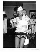 Lady Victoria Hervey<br />Doctors and Nurses charity party in aid of Cancer Research Fund. Floriana restaurant. 29 November 2000. © Copyright Photograph by Dafydd Jones 66 Stockwell Park Rd. London SW9 0DA Tel 020 7733 0108 www.dafjones.com