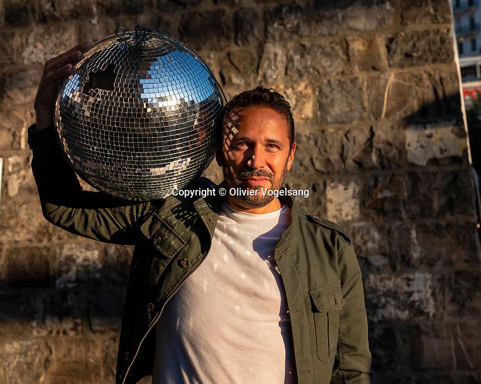 Lausanne, septembre 2019. Portrait d'Antoine Minne, alias DJ Zebra. © Olivier Vogelsang