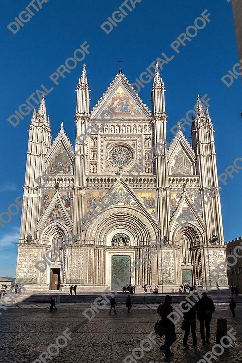 Duomo di Orvieto facade. Umbria, Italy 2017.