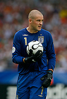 Photo: Glyn Thomas.<br />England v Ecuador. 2nd Round, FIFA World Cup 2006. 25/06/2006.<br /> England's goalkeeper Paul Robinson.