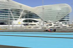 11.11.2011, Yas-Marina-Circuit, Abu Dhabi, UAE, Grosser Preis von Abu Dhabi, im Bild Lewis Hamilton (GBR), McLaren F1 Team  // during the Formula One Championships 2011 Large price of Abu Dhabi held at the Yas-Marina-Circuit, 2011-11-11. EXPA Pictures © 2011, PhotoCredit: EXPA/ nph/ Dieter Mathis..***** ATTENTION - OUT OF GER, CRO *****