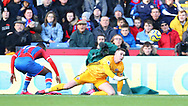 Sheffield United's goalkeeper Dean Henderson during the Premier League match at Selhurst Park, London. Picture date: 1st February 2020. Picture credit should read: Paul Terry/Sportimage