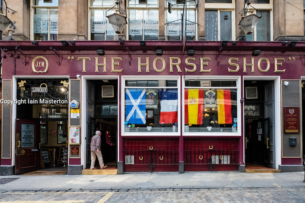 Exterior of famous Horseshoe Bar in Glasgow, Scotland, united Kingdom