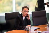 DEU, Deutschland, Germany, Berlin, 09.10.2019: Michelle Müntefering (SPD), Staatsministerin für internationale Kulturpolitik im Auswärtigen Amt, vor Beginn der Kabinettsitzung im Bundeskanzleramt.