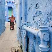 Woman at the streets of Jodhpur