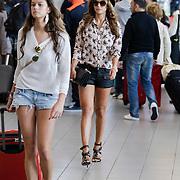 NLD/Schiphol/20120719 - Olcay Gulsen en vriendinnen op vakantie,
