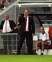 Photo: Chris Ratcliffe.<br /> PSV Eindhoven v Liverpool. UEFA Champions League, Group C. 12/09/2006.<br /> Rafael Benitez of Liverpool shouts instructions.