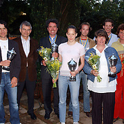 NLD/Bussum/20050530 - Uitreiking sportprijzen 2004 gemeente Bussum, alle winnaars