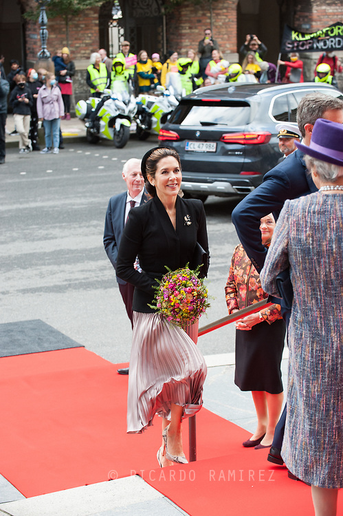 01.10.2019. Copenhagen, Denmark.<br /> Crown Princess Mary's arrival to Christiansborg Palace for attended the opening session of the Danish Parliament (Folketinget).<br /> Photo: © Ricardo Ramirez