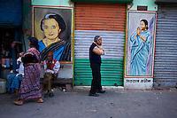 Inde, Bengale-Occidental, Kolkata, scene de rue // India, West Bengal, Kolkata, Calcutta, street life